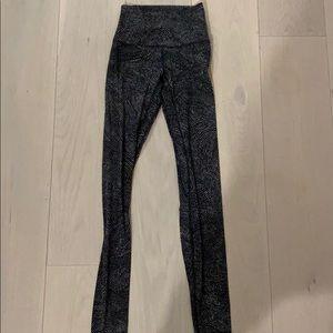 """size 2, 28"""" align Lululemon leggings, worn once!"""